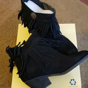 Sbicca Vintage Collection Pinto Ankle Boots